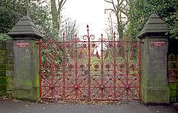 Foto del cancello di Strawberry Field.